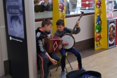 Moneygall-rest-stop-buskers